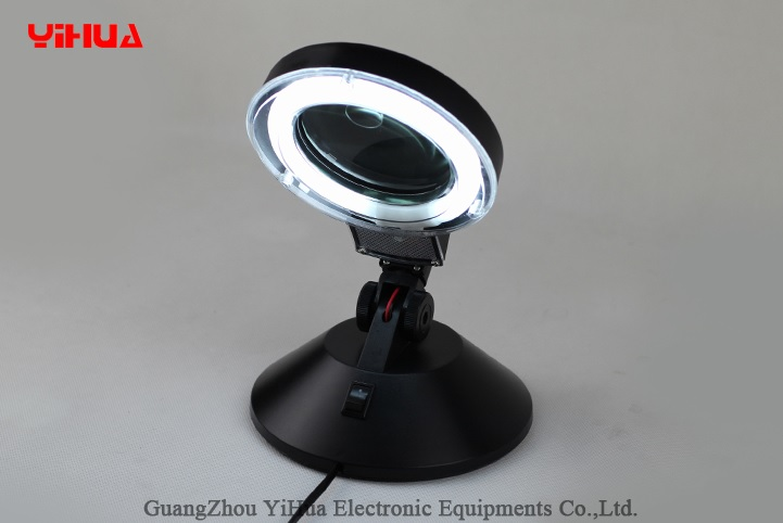 Lampa s lupou model 718 90mm 3D-10D