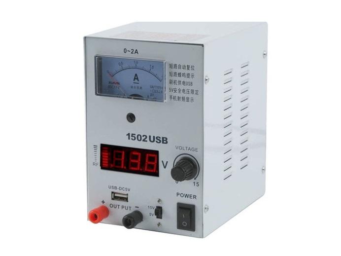 Laboratórny regulovaný zdroj 15V 2A 5bae7f63693
